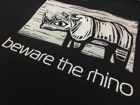 3д вышивка beware the rhino